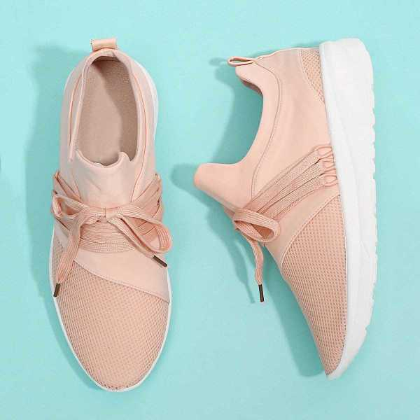 Net Design Lace Up Sneakers in Pink by ROMWE on GOOFASH