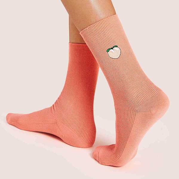 Peach Pattern Socks 1pair in Pink by ROMWE on GOOFASH