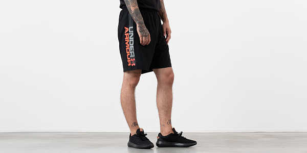 Under Armour Woven Graphic Wordmark Shorts Black UK - GOOFASH