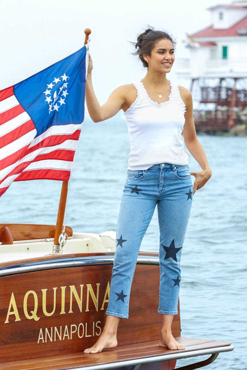 Blank NYC The Madison Stars Hi Rise Crop Jean in Ever After Light Denim 27 USA - GOOFASH
