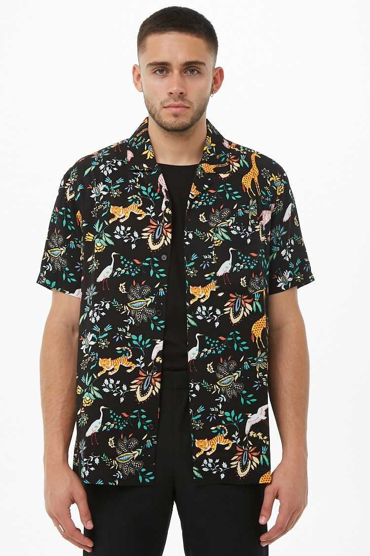 Forever21Men's Jungle Print Cuban Collar Shirt - Black/Multi UK - GOOFASH