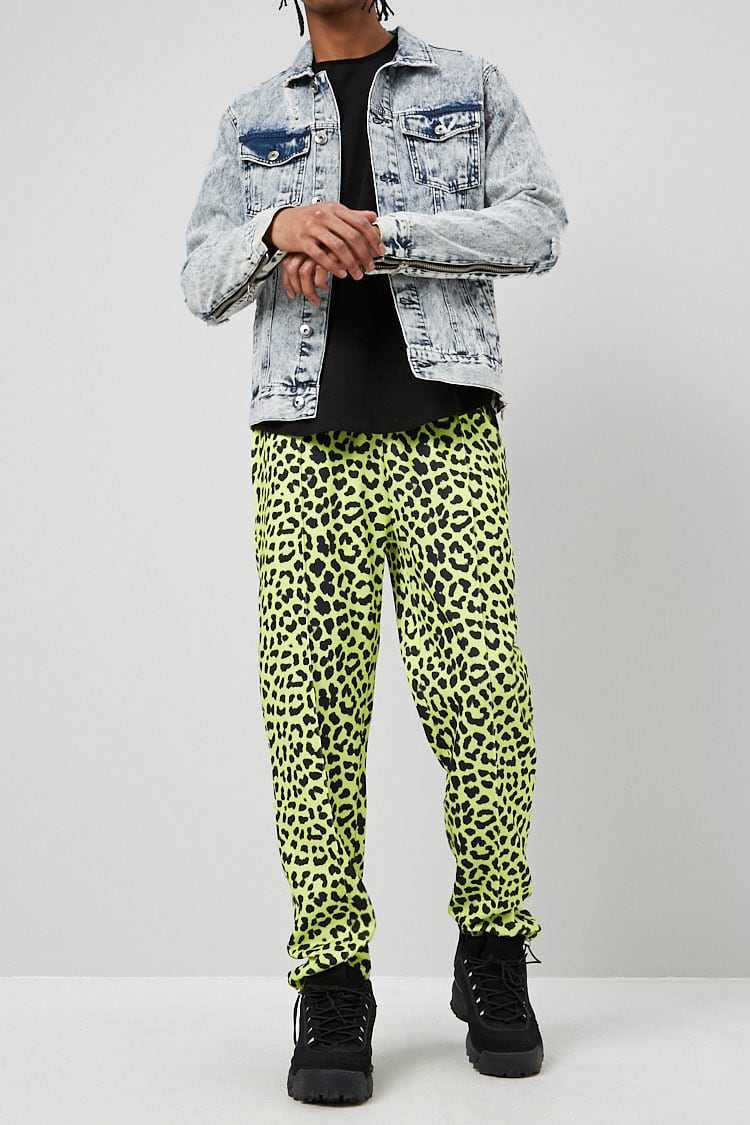 Forever21Men's Leopard Print Toggle-Drawstring Pants - Lime/Black UK - GOOFASH