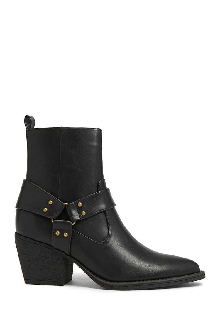Forever21Women's Faux Leather Burnished-Strap Booties - Black UK - GOOFASH