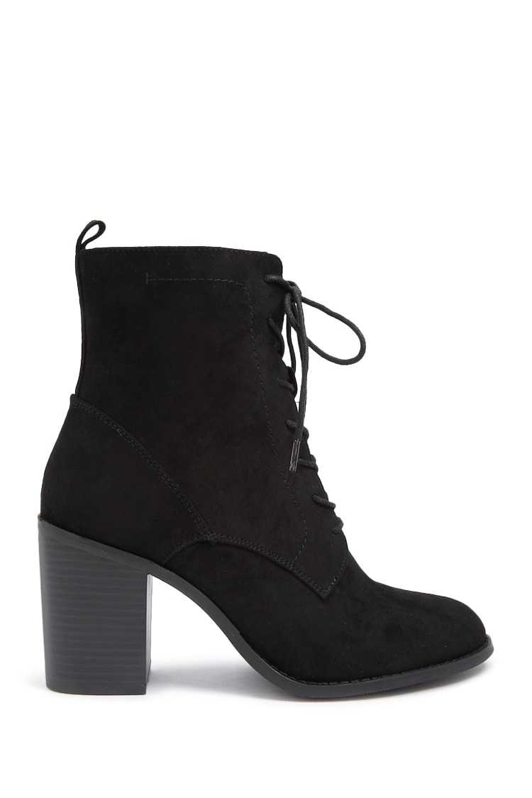 Forever21Women's Lace-Up Block Heel Booties - Black UK - GOOFASH