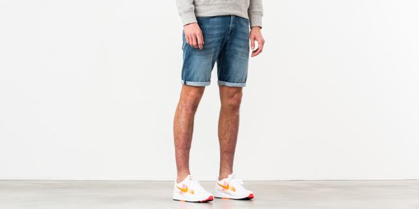 SELECTED Lucas Shorts Dark Denim Blue HU - GOOFASH - Mens SHORTS