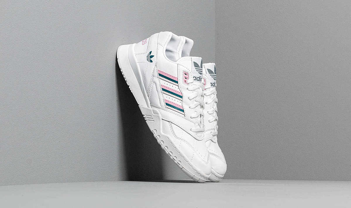 adidas A.R. Trainer W Ftw White/ True Pink/ Tech Mint HU - GOOFASH - Womens SPORTS SHOES