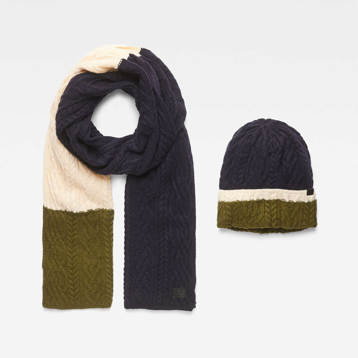 G-Star Male Xemy Cable Scarf Beanie Giftpack Accessories Dark Blue USA - GOOFASH - Mens HATS