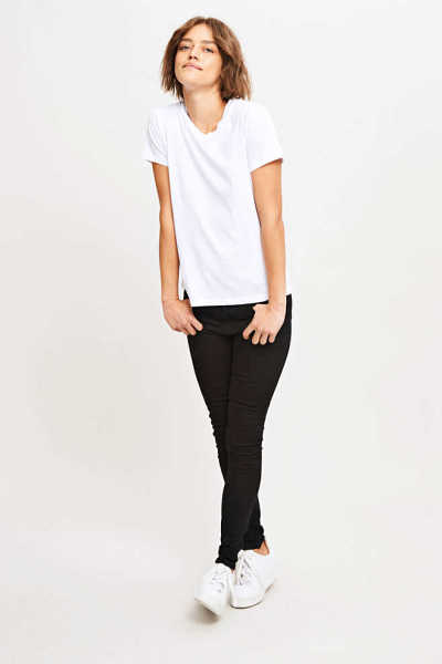 Samsoe & Samsoe NL - Solly Tee Solid - White - GOOFASH - Womens T-SHIRTS