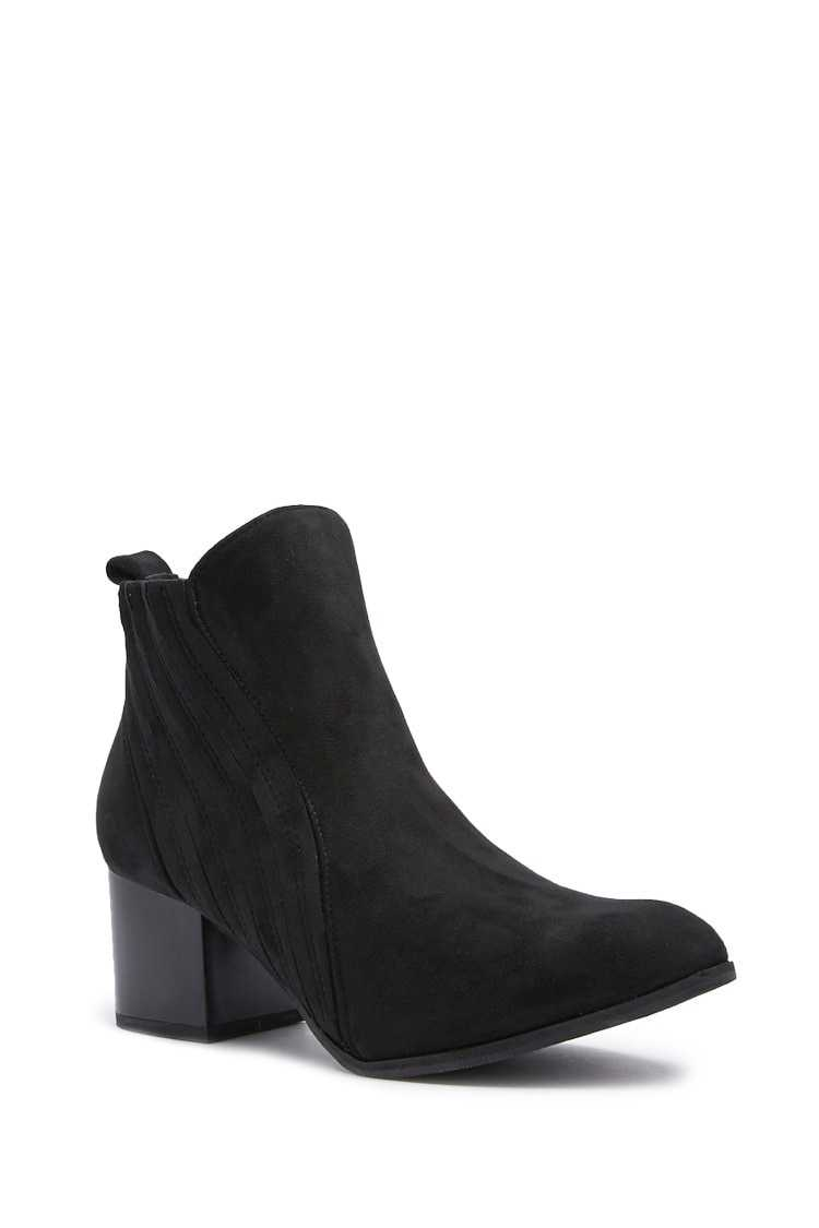 Forever 21 Pleated Faux Suede Booties