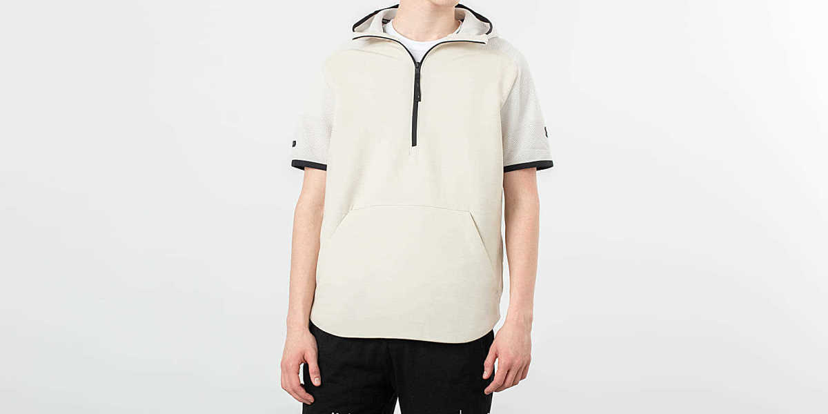 Under Armour Unstoppable Shortsleeve Hoodie Grey USA - GOOFASH - Mens SHORTS