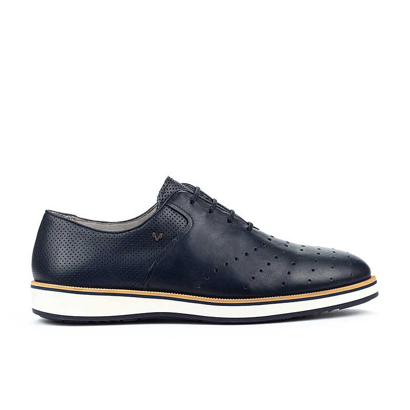 Church's Oxford Lace up Shoes for Women On Sale in Outlet White - Martinelli - GOOFASH - Mens LEATHER SHOES