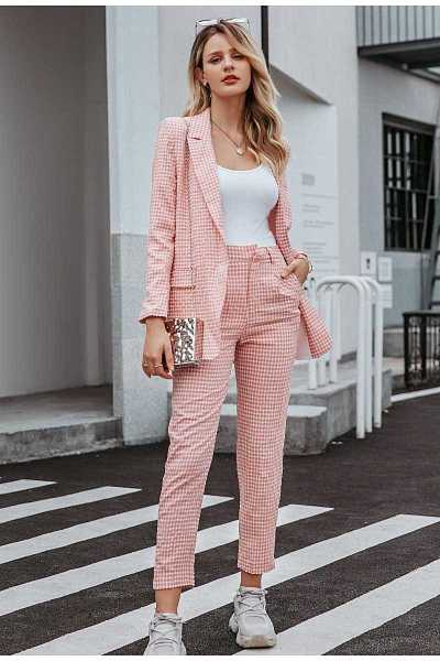 Women Suit with pink plaid blazer and pants Ads WOMEN Ads Women FASHION Ads Women SUITS WOMEN Women FASHION Womens SUITS