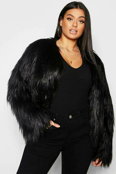 Boohoo UK Lady Coats Style Trend Outfit