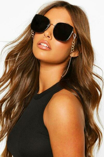 Boohoo UK Woman Accessories Outfit Trend Style