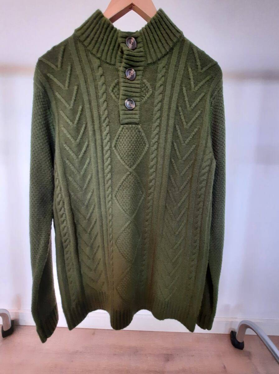 Green men knitwear sweater sample Ads MEN Ads Men FASHION Ads Men KNITWEAR Ads Men SWEATERS MEN Men FASHION Mens KNITWEAR Mens SWEATERS Womens SWEATERS