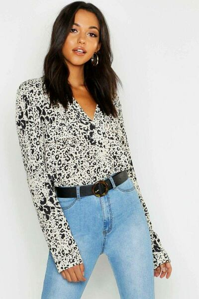 Boohoo UK Lady Blouses Style Trend Outfit