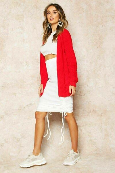 Boohoo UK Lady Clothes Look Trend Style