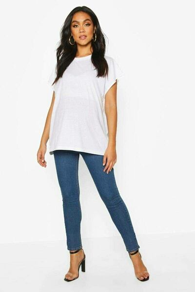 Boohoo UK Lady Jeans Style Trend Outfit