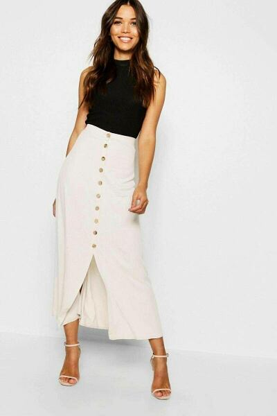 Boohoo UK Lady Skirts Trends Look Style