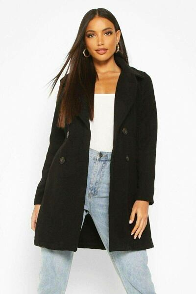 Boohoo UK Woman Clothes Outfits Trends Style