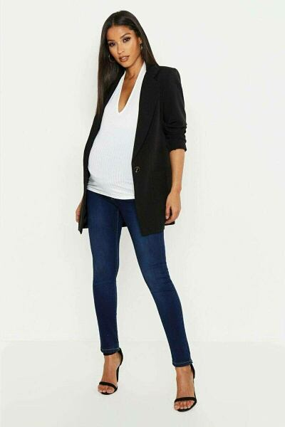 Boohoo UK Woman Jeans Trends Look Style