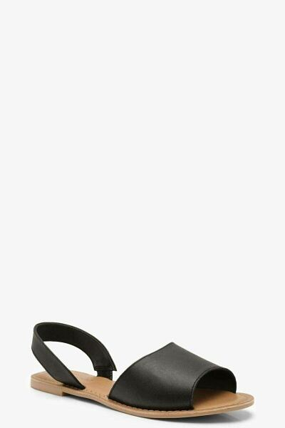 Boohoo UK Woman Shoes Looks Inspiration