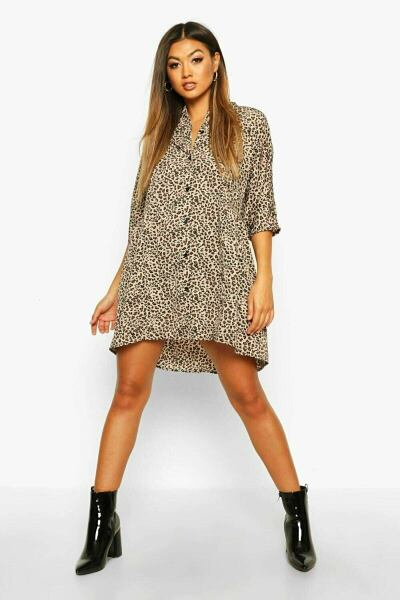 Boohoo UK Women Fashion Style Trends Look with your new post styles on GOOFASH