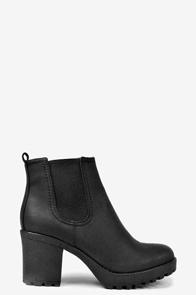 Boohoo UK Womens Boots Inspirations Outfit Style
