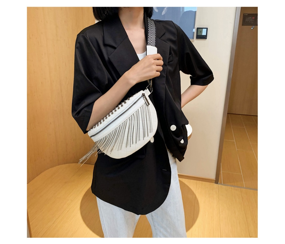 PU Leather Tassel Rivet Crossbody Bags for Women 2020 Designer Chest Messenger Bag Lady Solid Cell Phone Handbags and Purses
