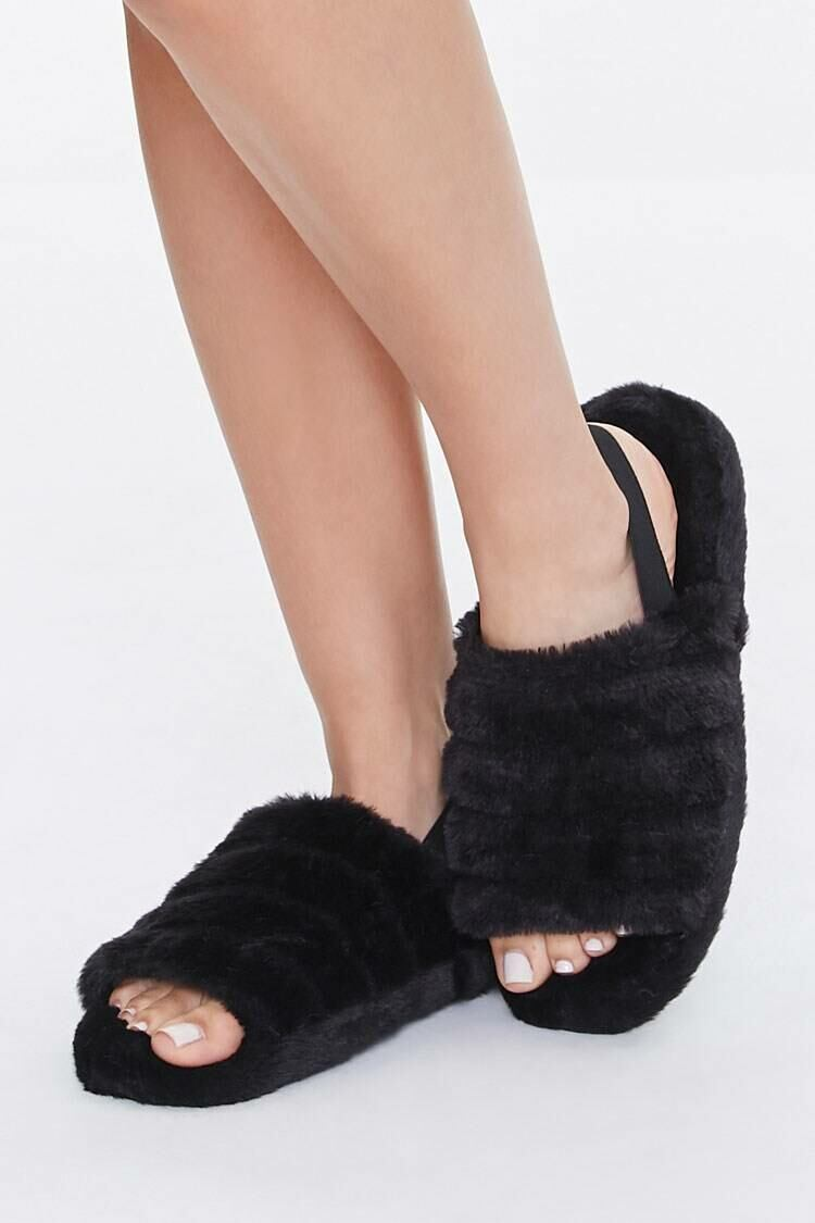 Forever 21 Black Plush Tiered Slippers WOMEN Women SHOES Womens SLIPPERS
